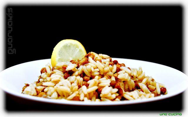 Φακές πιλάφι ή Φακόρυζο   una cucina