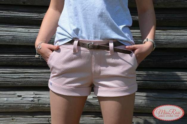 E-Book Nähen für kurze Shorts, Mode nähen, Sommer / sewing instruction for summerly shorts, hot pants made by FeeFee via DaWanda.com