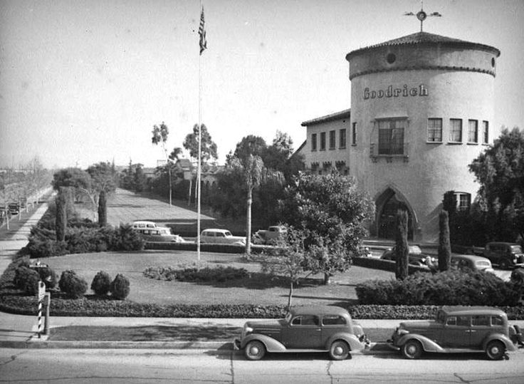 """Who'd have thought a tire company would construct a building that prized aesthetics over efficiency? This is the Pacific Goodrich Rubber Company building, which stood at the corner of Olympic Blvd (back then known as 9th Street) and Goodrich Blvd. And I give Mr. Goodrich extra """"Bravo!"""" points for the Moorish style arch doorway."""
