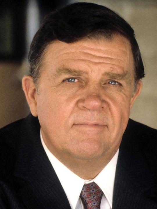 Pat Hingle, actor, 1924-2009