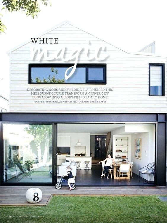 Positive White Weatherboard Beach House L9308351 Interior Design