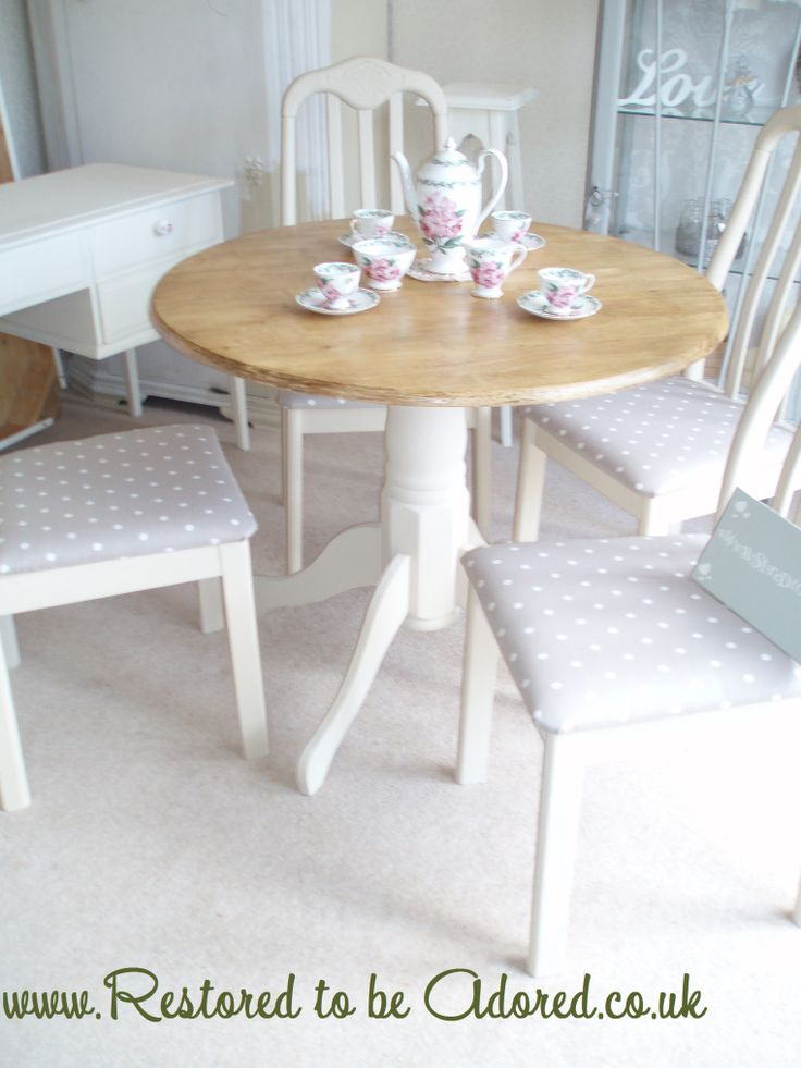 Shabby chic round table and chairs annie sloan clarke clarke annie sloan pinterest - Shabby chic round dining table and chairs ...