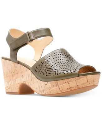 14de996c2d0c Clarks Artisan Women s Maritsa Nila Wedge Sandals