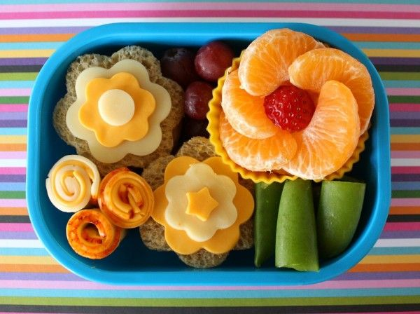Fun & pretty!: Bento Boxes, Kids Lunches, For Kids, Schools Lunches, Lunches Boxes, Lunches Ideas, Boxes Lunches, Flowers, Lunchbox