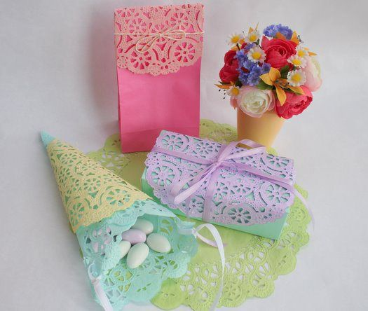 Doilies for gift wrapping