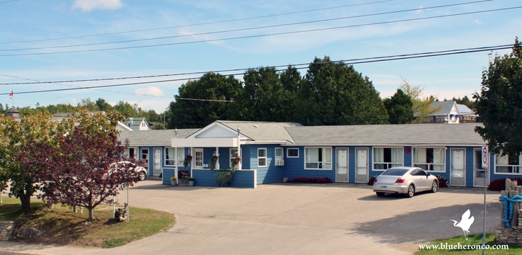Motel on Little Tub Harbour Tobermory      Stay with us and receive a 2 for 1 coupon for Blue Heron Glass Bottom & Jet Boat Cruises.