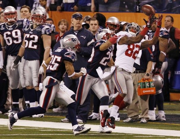 Mario Manningham's unbelievable catch in the '12 Superbowl to win it for the NY Giants against the NE Patriots