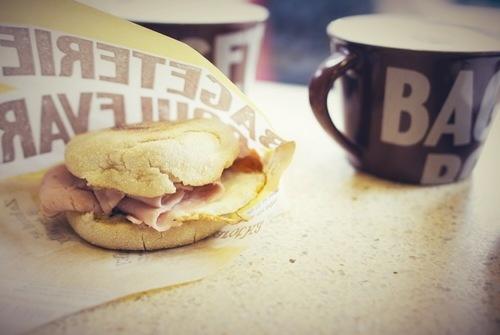 http://www.breakfastclub.cz/bageterie-boulevard-to-umi-nejen-s-bagetami