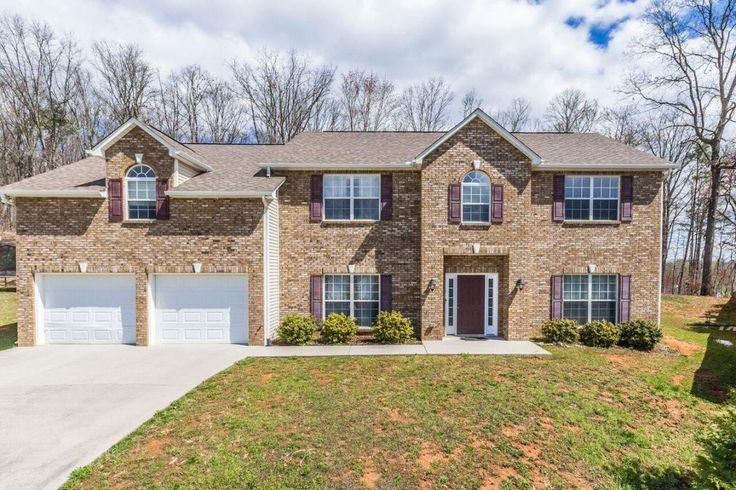 PRICE REDUCED! DON'T MISS OUT! Call for your private showing! Ryan Coleman Broker/CEO Hometown Realty LLC
