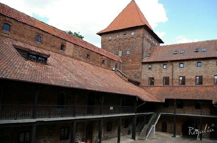 Nasza realizacja w Nidzicy. Do renowacji Zamku Krzyżackiego dostarczylismy 300-letnią cegłę :) #regaliapm #cegla #czerwonacegla #zabytki #zamek #monuments #castle