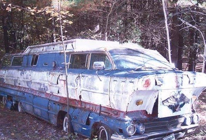 img unusual rvs caravans motorhomes pinterest campers old campers and noah ark. Black Bedroom Furniture Sets. Home Design Ideas