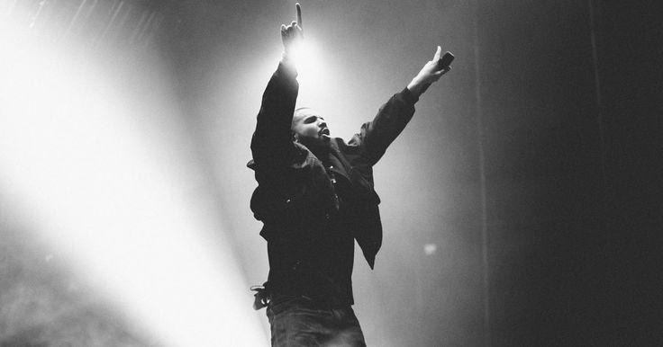 Drake Establishes Dominance at Summer Sixteen Tour Opener in Austin #headphones #music #headphones