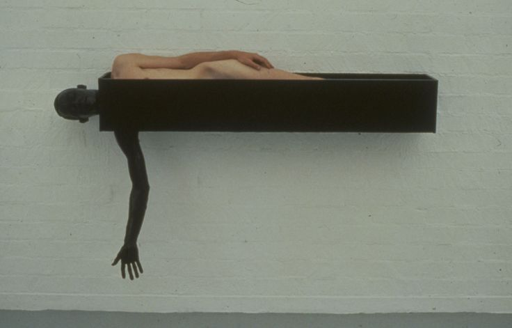 1981-1985 / painted steel and human body / 72 x 12 x 42 inches / 183 x 31 x 107 centimeters