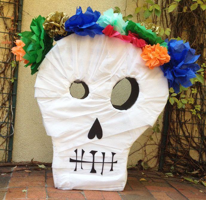 Diy skull pinata holiday halloween pinterest craft for Decoration pinata