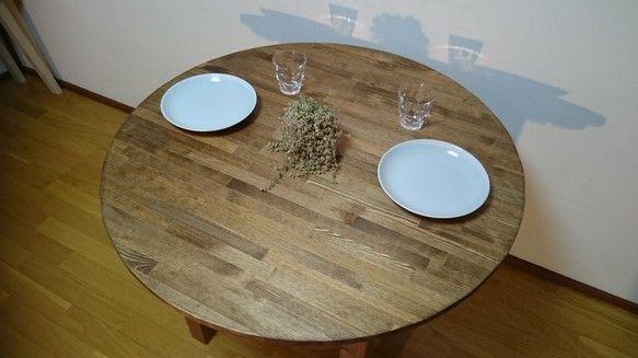 ☆サイズ:900×900×350☆色:ダークウォールナット(オイルフィニッシュ)☆木材:天然無垢材☆製作時期などのお知らせがございますので、プロフィールの方をご覧下さいませ。