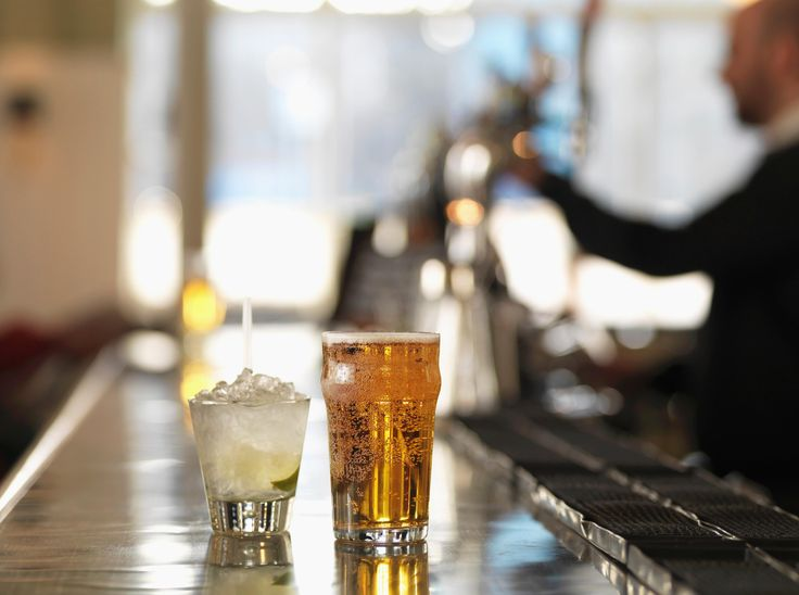 7 Ways to Be Your Bartender's Best Friend