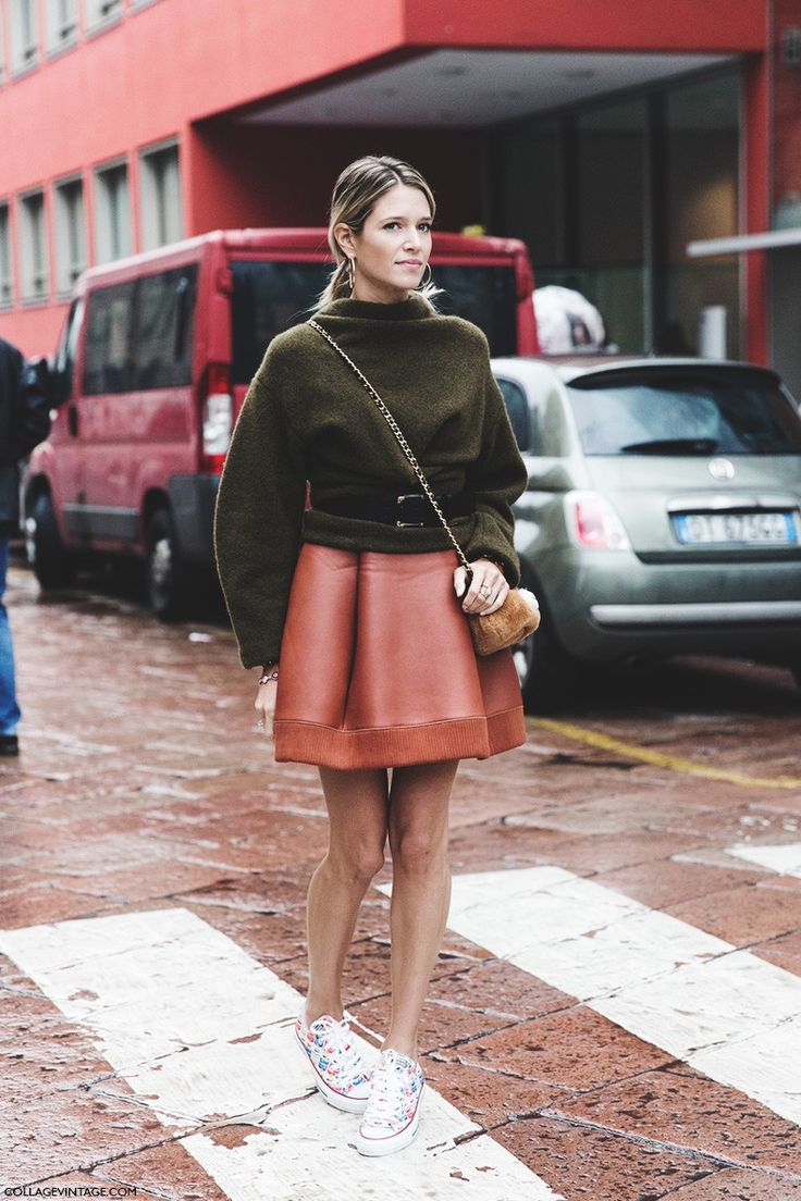Legs out, leather skirt, cropped knit. Perfect for warm autumns ~ Red shoes No knickers
