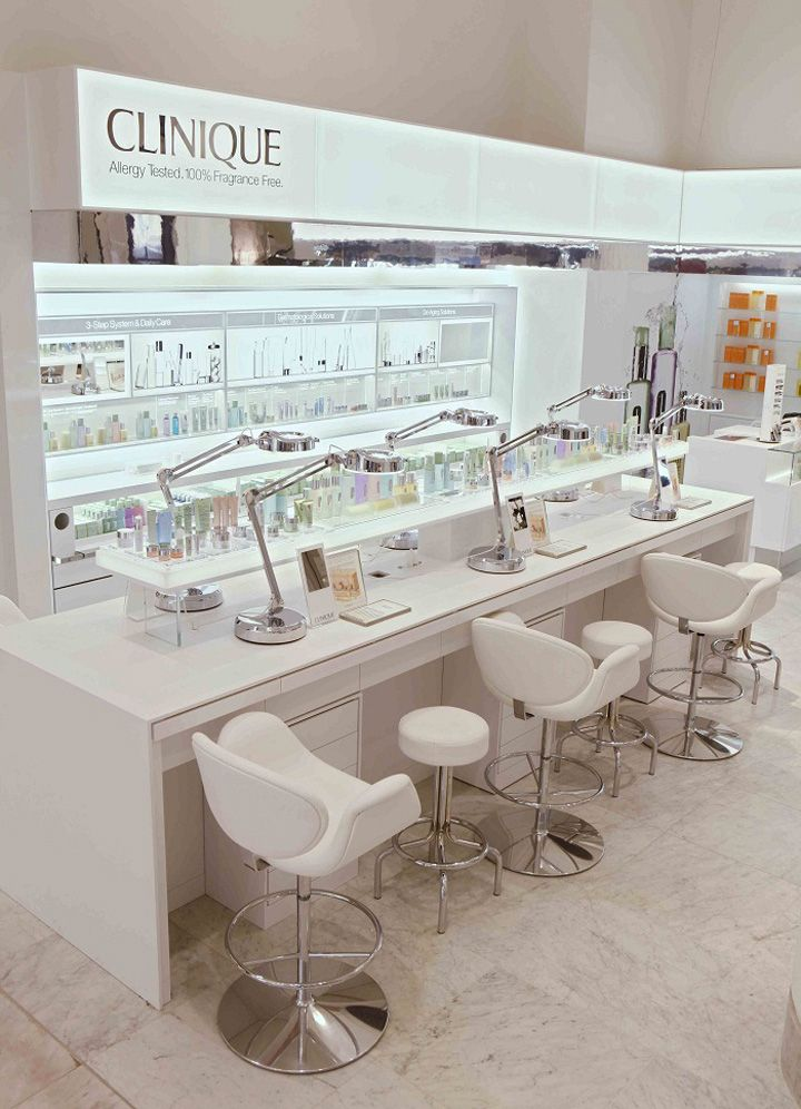 Clinique shop at Selfridges London 02 BEAUTY STORES! Clinique shop at Selfridges, London