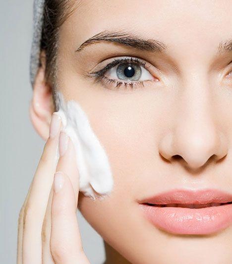 A tökéletes smink elkészítése lépésről lépésre | femina.hu