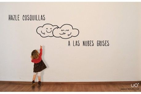 """Vinilo """"Hazle Cosquillas a las Nubes Grises"""""""