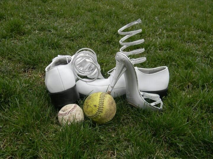 Prom / Wedding/Baseball / Softball/Couples