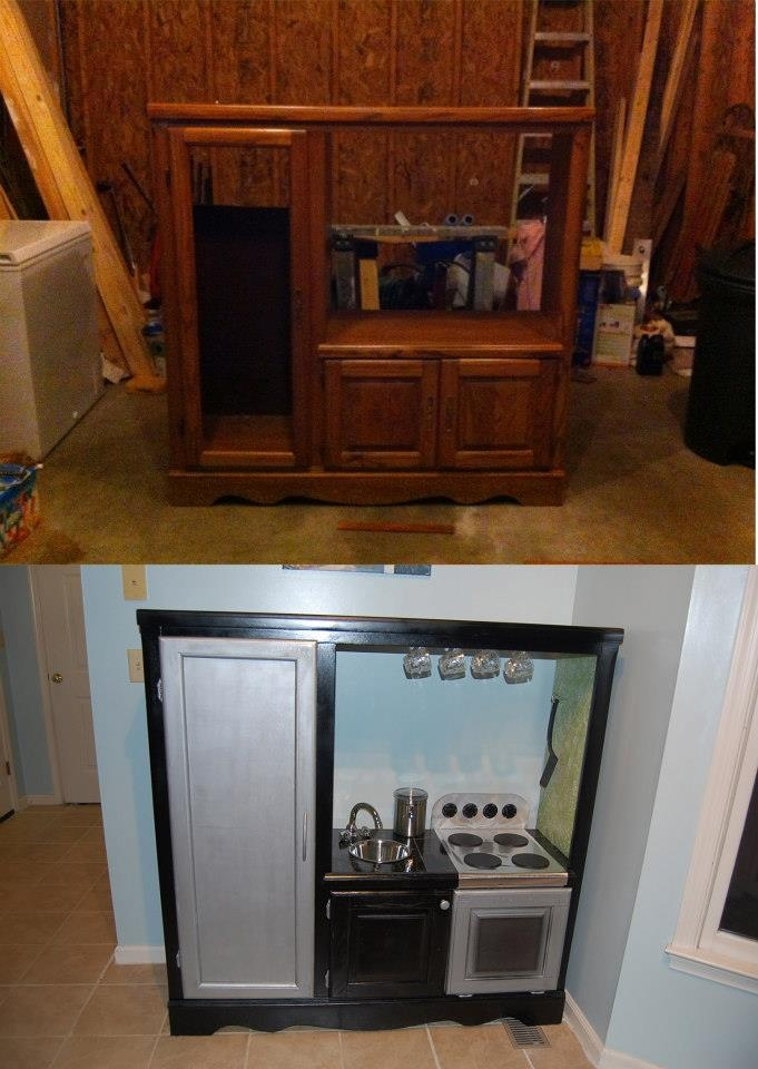 Ella 39 s new play kitchen made from an old entertainment for Artsy kitchen ideas