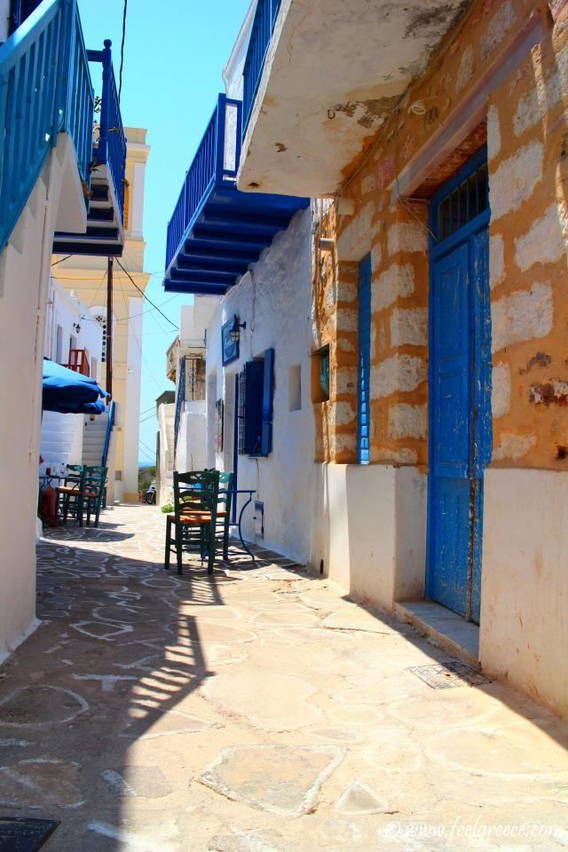 Small cafe hidden in the Kimolos Chora streets. Kimolos, Cyclades Islands, Greece