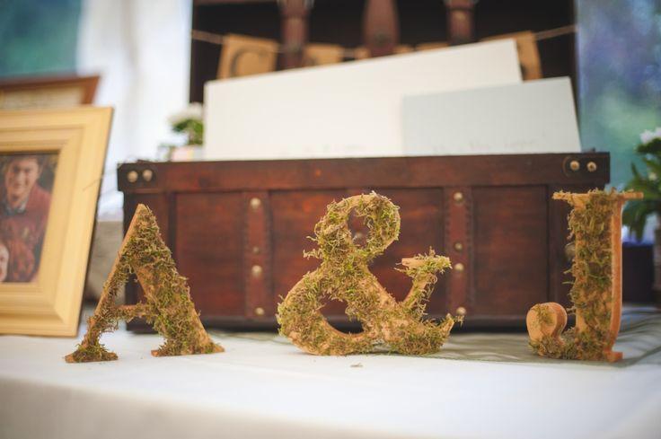 Wedding photography, details, #LordOfTheRingsWedding, #LordOfTheRingsTheme, #WoodsyWedding, decorations, #LordOfTheRIngs, #WeddingPhotography, United Kingdom, Wiltshire, Corsham, #Trouwfotografie  www.witfoto.nl  Wit Photography | Wiltshire Bruidsfotografie, Verenigd Koninkrijk: Jennie + Alastair - Wit Photography