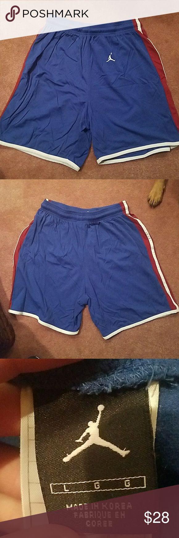 Michael Jordan basketball pants Large Michael Jordan pants  100 % Nylon  100% polyamide nike Shorts Athletic