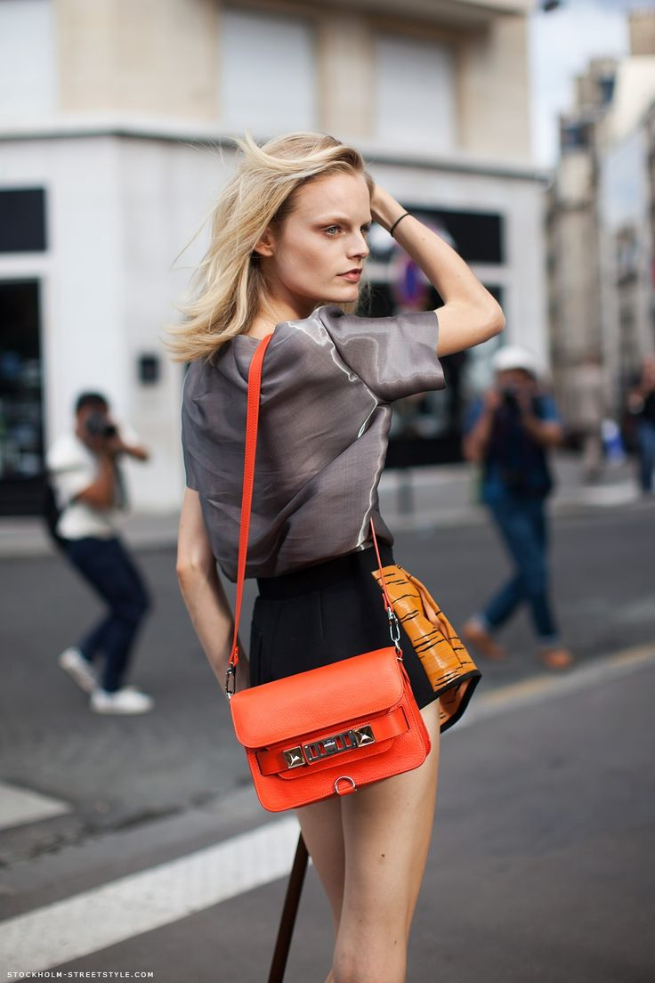 Hanne Gaby Odiele: Leather Proenza Schouler, Models Off Duty, Stockholm Street Style, Gabi Odiel, Models Style, He Gabi, Orange Bags, Schouler Shoulder, Inspiration Style