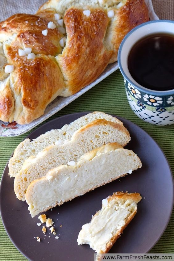 Finnish Pulla {Cardamom Coffee Braid}, a lightly sweet, cardamom-spiced braided loaf. The recipe makes 3 loaves which is great for holiday gift giving. My first #ChristmasWeek recipe.