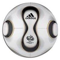 Balón de futbol de la temporada 2006 perfecto
