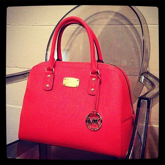 best 25 mk handbags ideas on pinterest michael kors bag michael kors purse sale and micheal. Black Bedroom Furniture Sets. Home Design Ideas