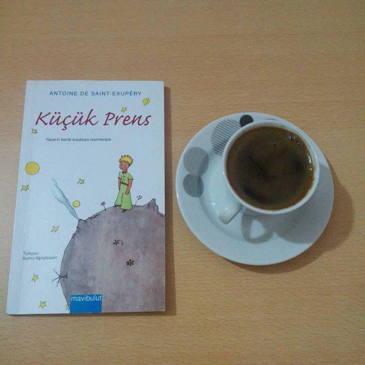 Uykumu kaçıran her fikre selam olsun, siz olmasanız kitap okuyamazdım. #küçükprens #antoinedesaintexupery #kitapvekahve