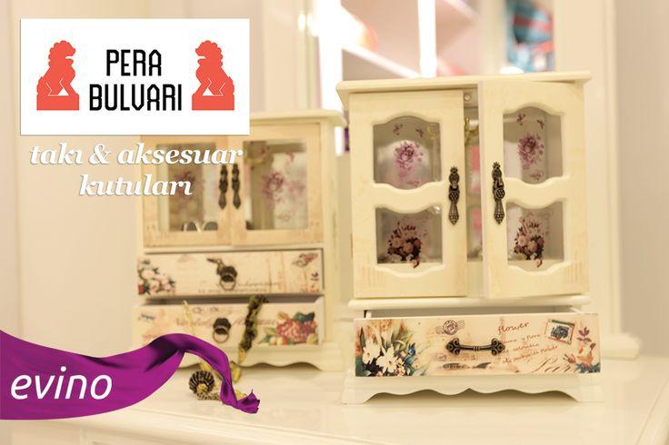 """Takı ve Mücevher kutularımız Pera Bulvarı'nın """"Aksesuar Kutuları"""" butiğinde sizi bekliyor ;)  Alışverişe Başla: bit.ly/PeraBulvariAksesuar"""