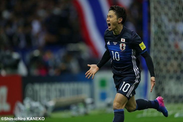 2018 FIFAワールドカップロシア アジア最終予選第7戦が28日に行われ、日本代表はホームでタイ代表と対戦した。 【スコア】 日本代表 4-0 タイ代表 ···