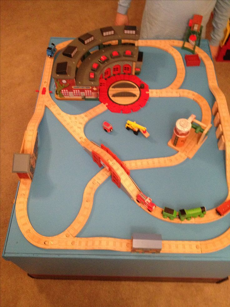 Thomas the train table layout - initial & 13 best Trains trains trains! images on Pinterest | Wooden train ...