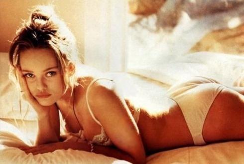 Vanessa Paradis- Lolita Leggi la storia http://icapriccidiframboise.it/luna-3/