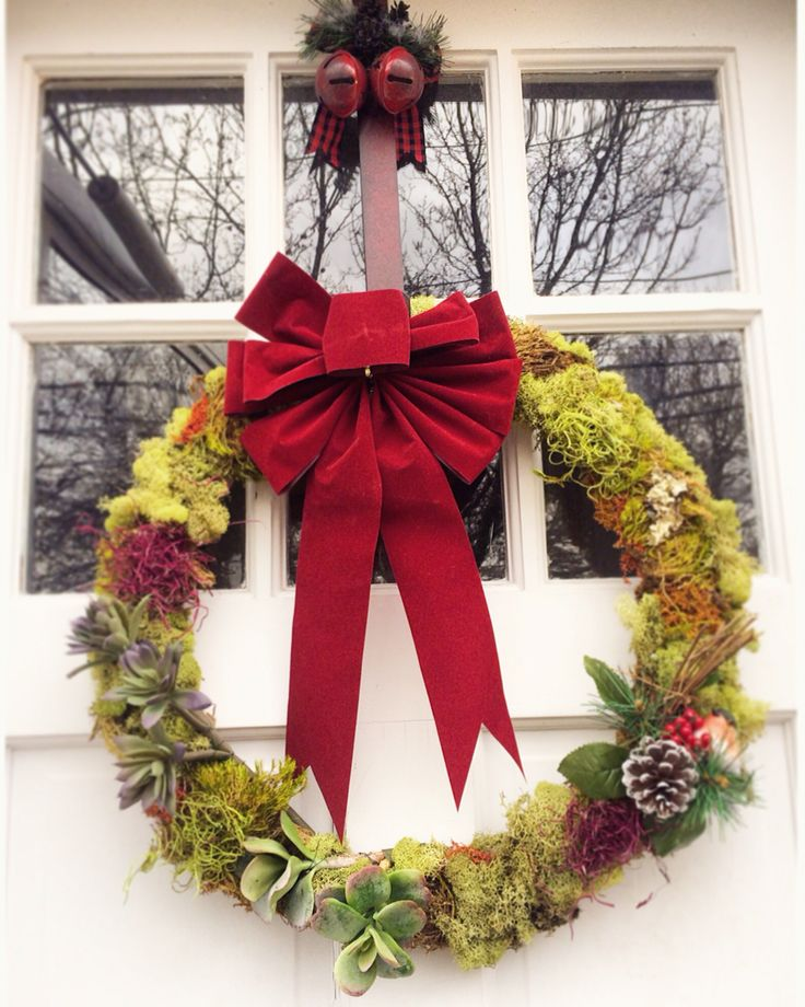 High Quality DIY Moss Wreath Project Made With My Daughter! #handmade #diy #craft #