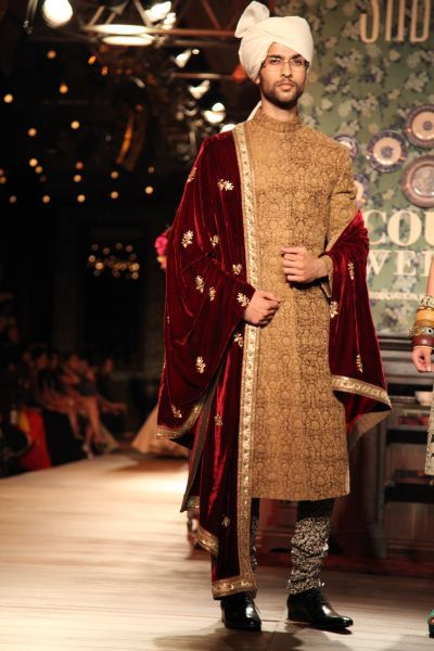 #knotsandhearts | This dashing groom dressed in a Sabyasachi bridal men attire looks dapper in classic Sherwani with Achkan Salwar. Source : Google