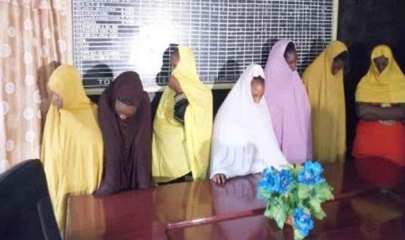 Seven girls who used hijab to disguise themselves in a bid to travel illegally to Europe were arrested by the Nigeria Immigration Service (NIS) in Katsina.  The girls are part of the 40 persons that have been arrested in the last four months as they attempted to flee Nigeria using various legal and illegal routes to Agadez in Niger Republic en route Libya then Europe.  The victims are Dennis Igbobo Elvis Osas Earnest Ugiagbe Bright John Lucky Iyare Gift Osagie Godday Ruth Ovioma Gift Otoboh…