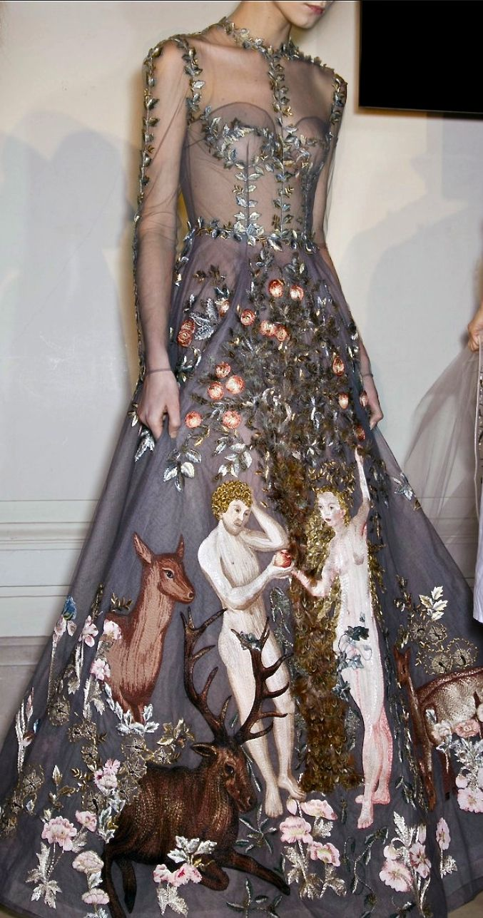 Amazon soft and detailed embellishments by Valentino, such an elegant garment  #TopshopPromQueen