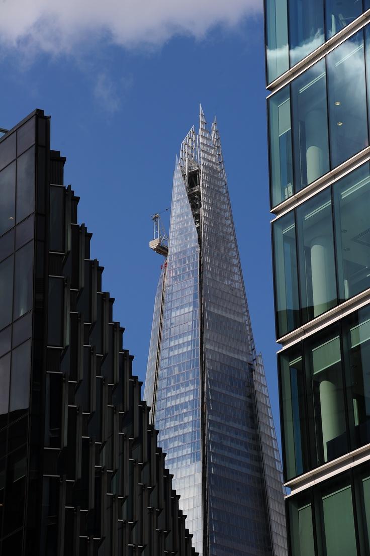london britains tallest building - 736×1106