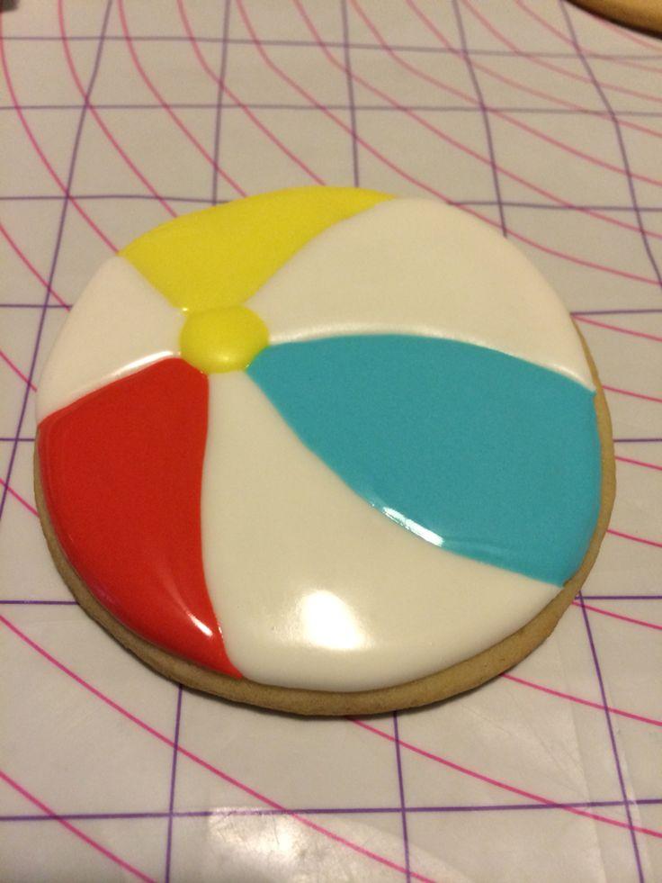 Beachball sugar cookie