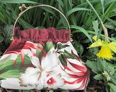 Great little handbags that I make and sell. This one with Hawaiian fabric handcarried by me from the Big Island
