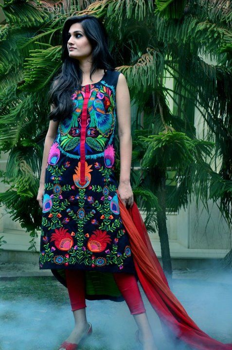 Here view Pakistani salwar kameez.Pakistani Salwar suits online.Get all latest pakistani salwar kameez online and pakistani designer salwar kameez for all visit http://fashion1in1.com/asian-clothing/pakistani-salwar-kameez-asian-salwar-kameez-online/