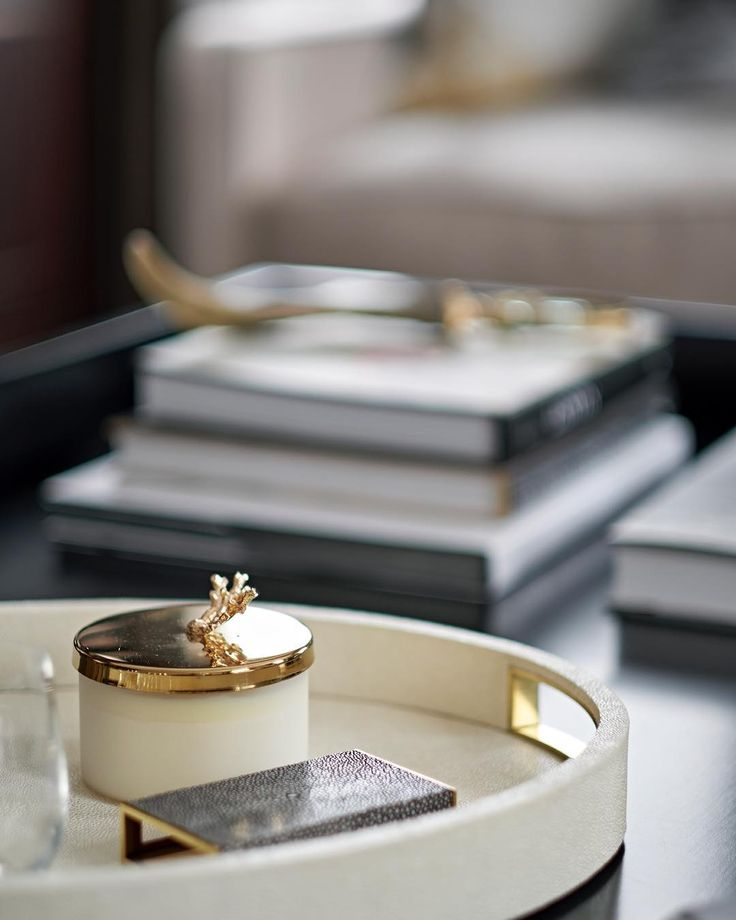Coffee table styling from previous post #jhrinteriors #interiordesign #interiorarchitecture #interiorstyling #luxuryinteriors #coffeetablestyling #london #knightsbridge #coffeetablebooks