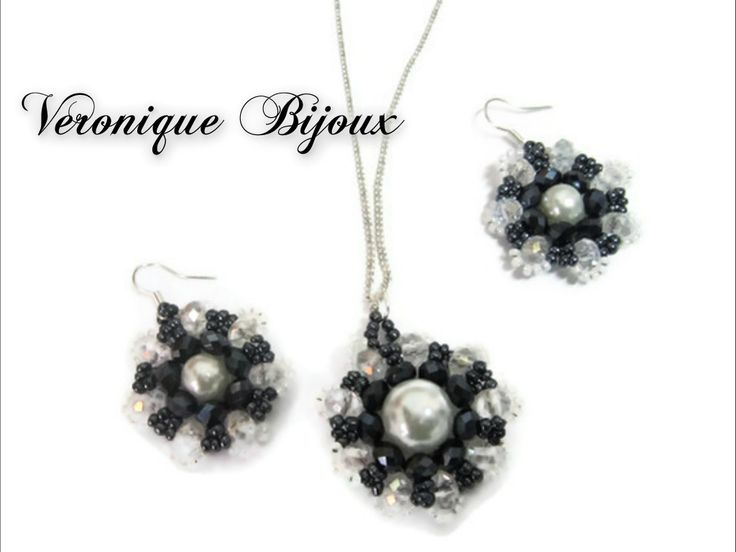Set black white crystals and pearls.