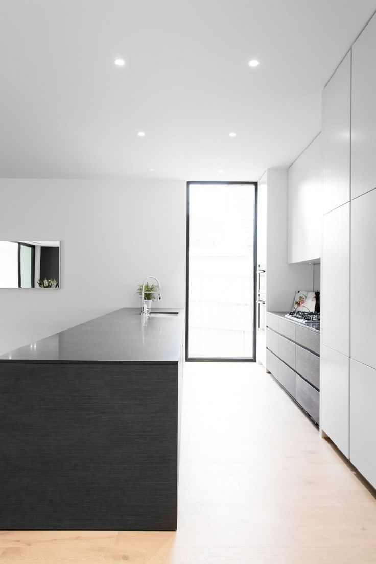 An Elegant Contemporary Home in CamberwellLubelso Home in Camberwell is a residential project designed by Canny.