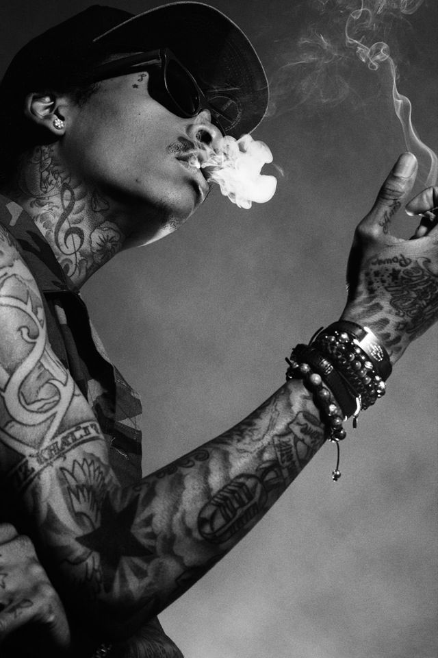Wiz Khalifa Smoking Weed Im In The Starsss